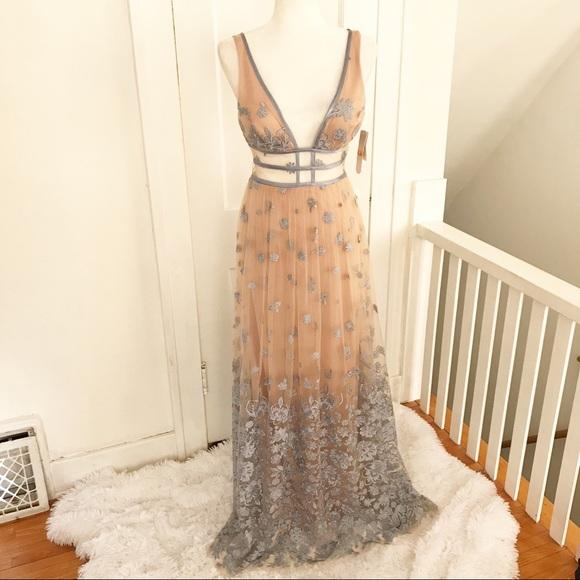 3f1d239908c NWT ✨ GB Formal Social Sheer Bodice Floral Dress